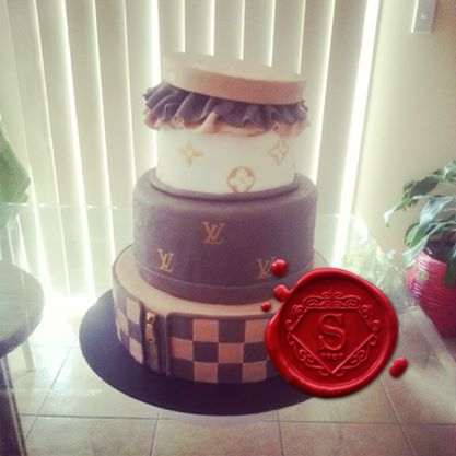 Secure A Tiered Cake