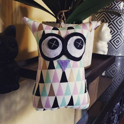 Pastel Geometric Triangles | 18cm Owl